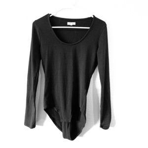 Black long sleeved scoop neck body suit madewell